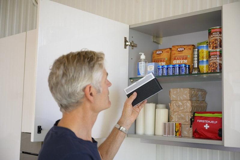Oppbevaring i kjøkkenskap, kjeller eller annet egnet sted